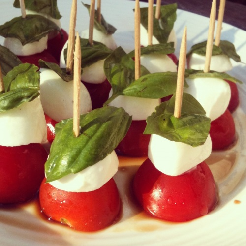 Easy Caprese Salad Skewers Appetizer
